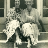 1935 Mildred Dunham & mother Anna